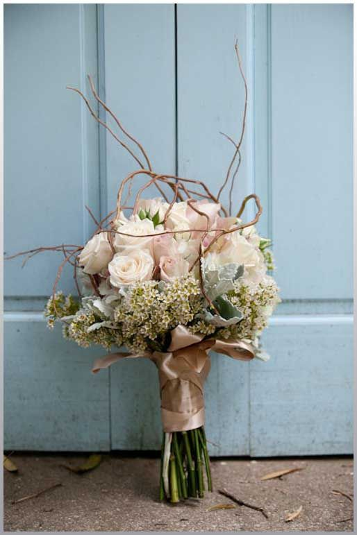 How To Keep The Wedding Flower Budget Rustic Wedding Flower Bouquets Oncewedd