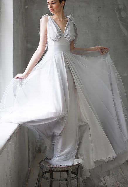 Best 25 antique wedding dresses ideas on pinterest for Alternative plus size wedding dresses