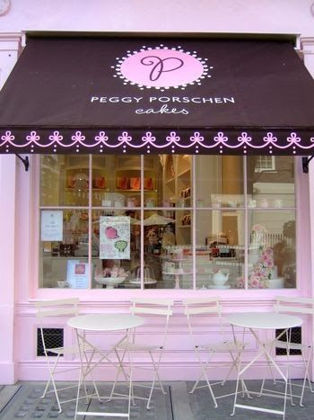 store fronts to dream about  another nice colour combination for MJ