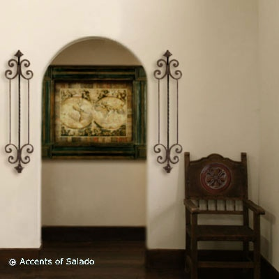 Spanish Colonial Style Wall Decor Decorating With Art In The Foyer Influenced By 16th Century Italian Renaissance