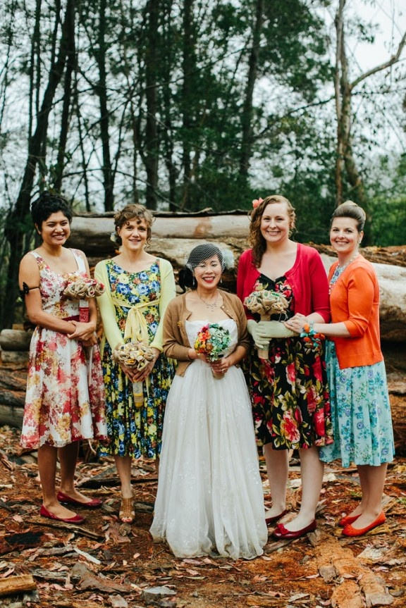 Gorgeous colorful bridal party #weddings