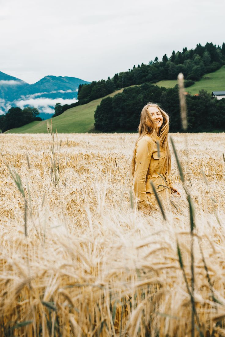 """Das erste Fair Fashion Outfit, das seit meinem Auslandssemester in Irland, im Land der Berge und Seen hier in Österreich seinen Auftritt findet. Nachdem ich mit ArmedAngels über Stock und Stein in den Bergen Irlands wanderte, ging es neulich in einem warmen Sommerregen in meinem neuen KOKOworld Kleid spazieren. Genau jenes Kleid möchte ich Euch heute … """"Outfit // Vom Tarzan Feeling in Österreich mit KOKOworld"""" weiterlesen"""