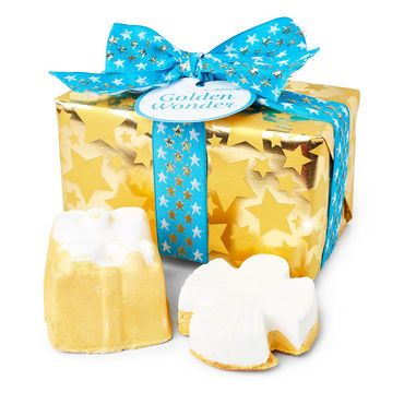 Golden Wonder Wrapped Gift LUSH Christmas 2017 include Golden Wonder Bath Bomb and Snow Angel Luxury Bath Oil
