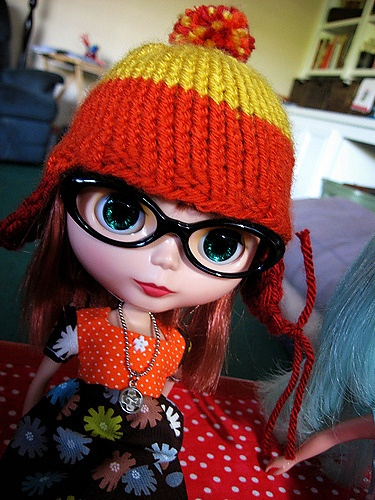 quirky geek chic street style from blythe Blythe knitting hat