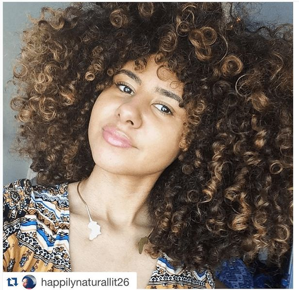 Essential Oils For Hair Growth explains the best known oils for natural hair growth including peppermint oils, jojoba oils and more.