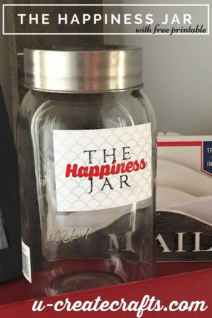 Happiness Jar (1) ~ I really need to try this just for me. Encouragement jar. But instead of a year I think I will try with one month at a time.....