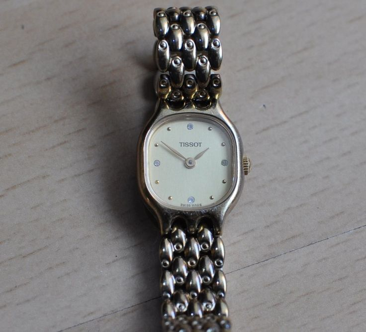 TISSOT E424K SWISS QUARTZ LADY'S SAPPHIRE CRYSTAL WRIST WATCH LADIES WOMAN #Tissot #Dress