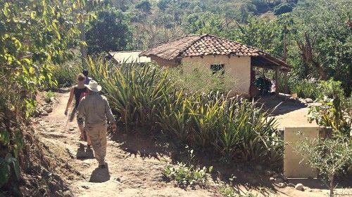 The Rights Clash By Danielle Marie Mackey July 15, 2013 Mining in El Salvador exposes the contradiction between human rights and corporate r...