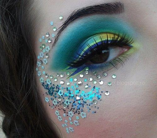 blue glittery eye makeup