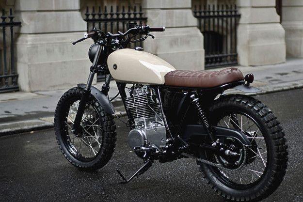 Mejor que la fábrica: Yamaha SR400 encargo Auto de Fabrica.