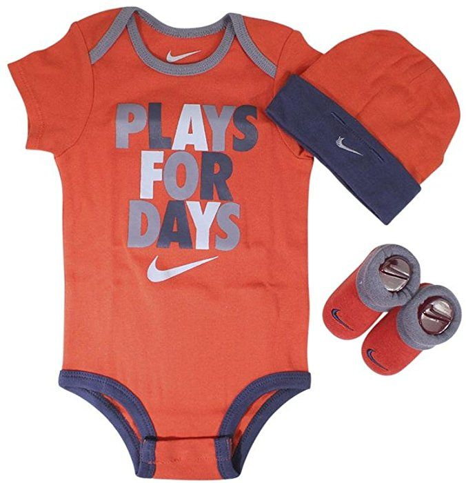 7829993ddadd8 Amazon.com: Nike 3 Piece Infant