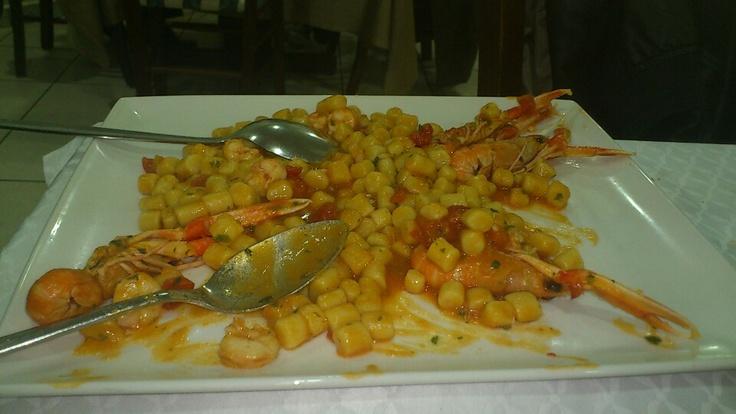 """""""Gnocchi"""" in shrimps sauce"""