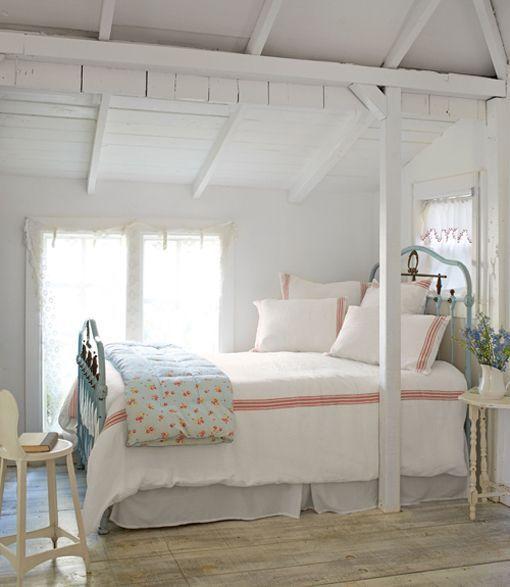Casita rústica en el campo: dormitorio principal