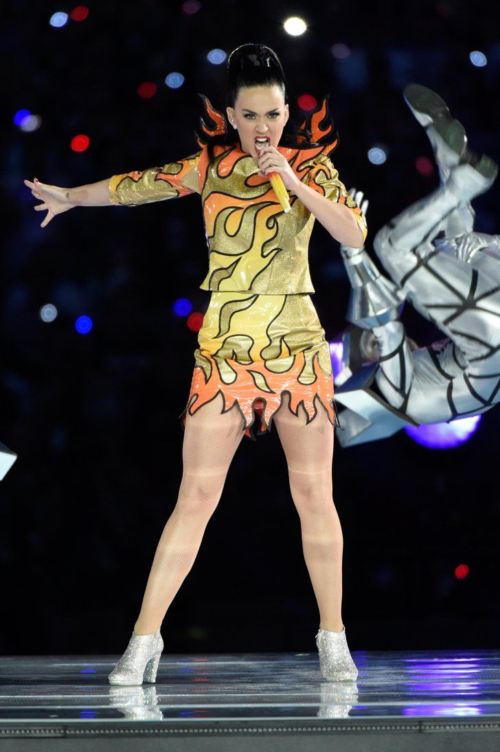 Pin for Later: Katy Perry Set the Super Bowl Aglow With Her Wild Halftime Show