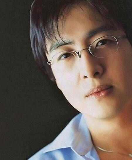 ❤  Bae Yong Joon