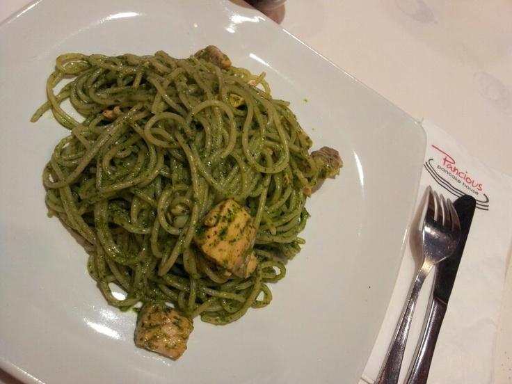Green Spaghetti by Pancious