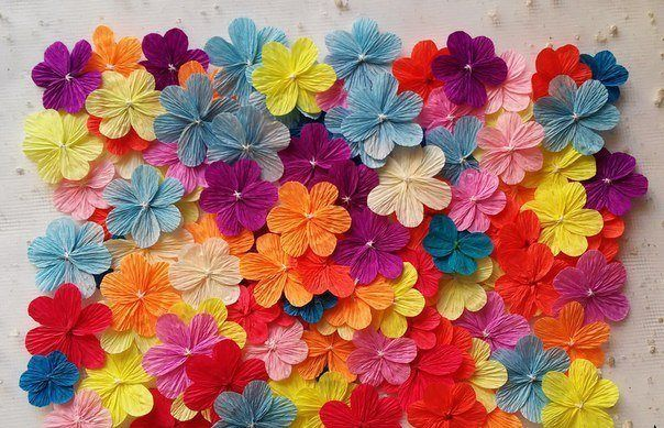 Flowers from corrugated paper