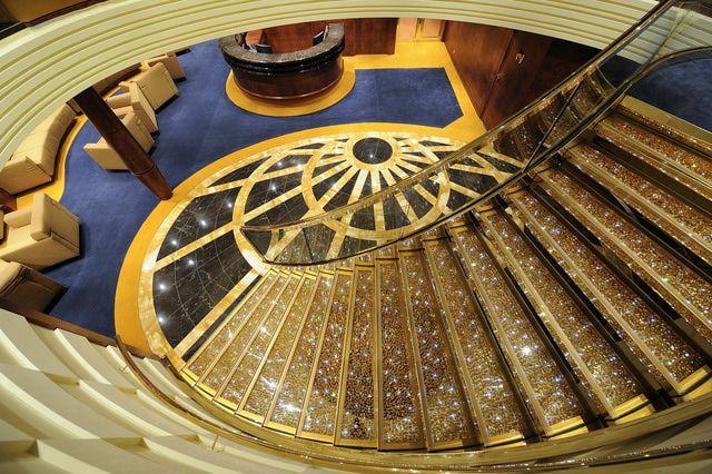 MSC Fantasia: MSC Fantasia - Swarovski Staircase