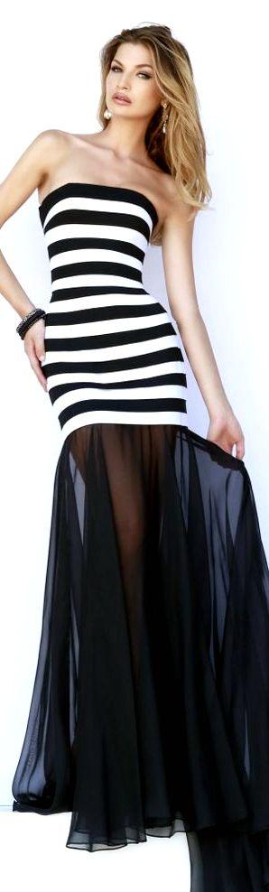 Vestido para día y noche. Inspírate más en http://bodatotal.com/blog   Vestido invitadas de boda - vestido blanco con negro