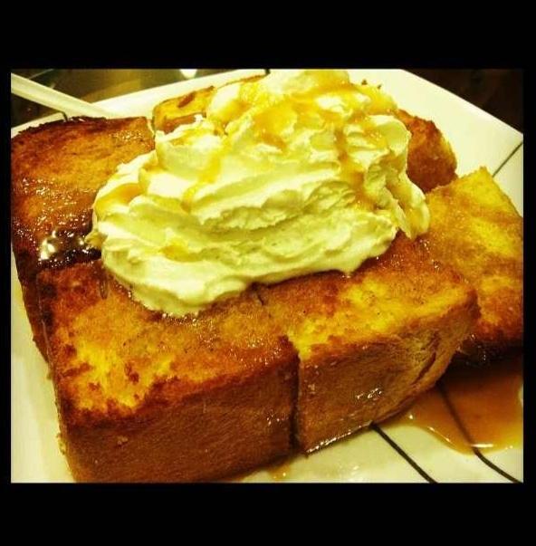 Honey Butter Brick Toast with Cream ; Korean dessert at Cafe T in Garden Grove CA