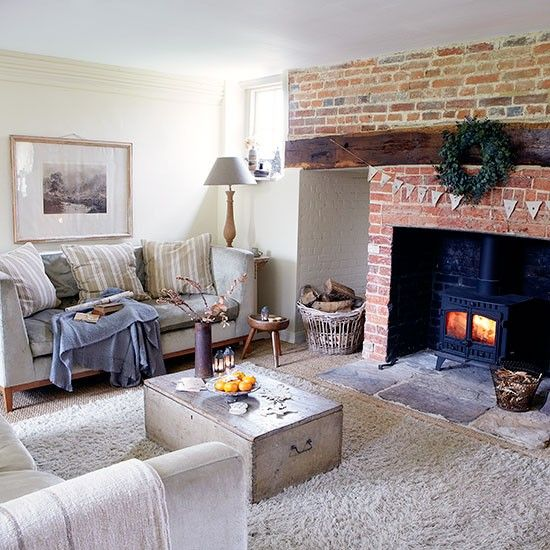 Living room | House tour | West Sussex | PHOTO GALLERY | Country Homes and Interiors | Housetohome.co.uk
