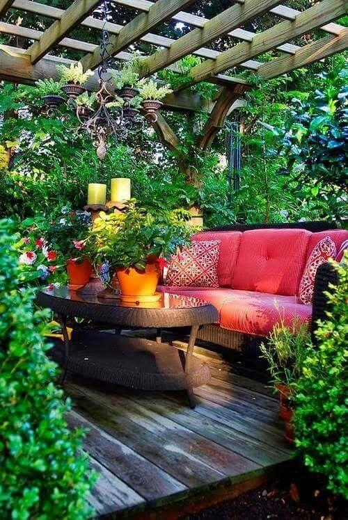 Boho patio green space