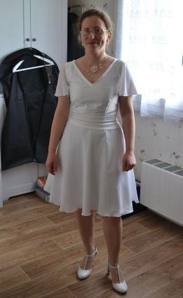 Robe de mariée courte, fluide www.portez-vos-idees.com