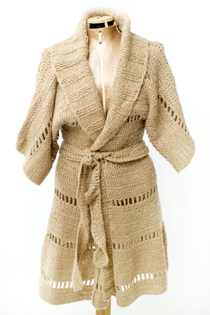 CARDIGAN CHILE $150.- crochet in camel by Espiritu Folk.