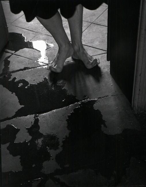 Manuel Alvarez Bravo - , El umbral, 1947