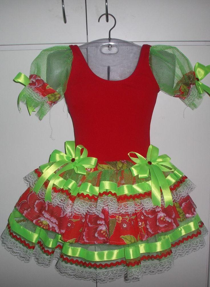 Caipira composta de collant +saia de chita e filó <br> <br>Adulto - Também fazemos somente a saia, <br>Consultar.