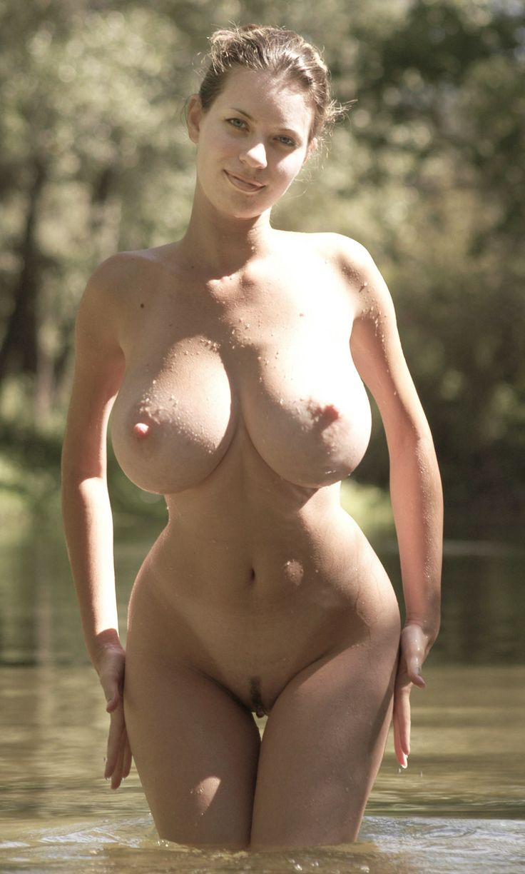 Extremely beautiful naked women