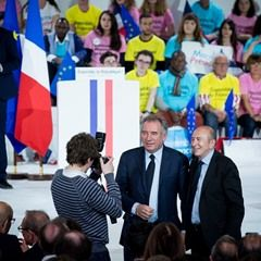 French presidential election candidate Macron rallies in Paris (334417)