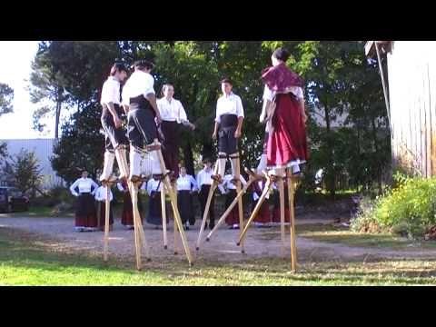 """Montage d'un spectacle des """"Hérons des lacs"""" à Bicarrosse pour la journée de parrainage."""