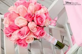 pink roses bouquet wedding