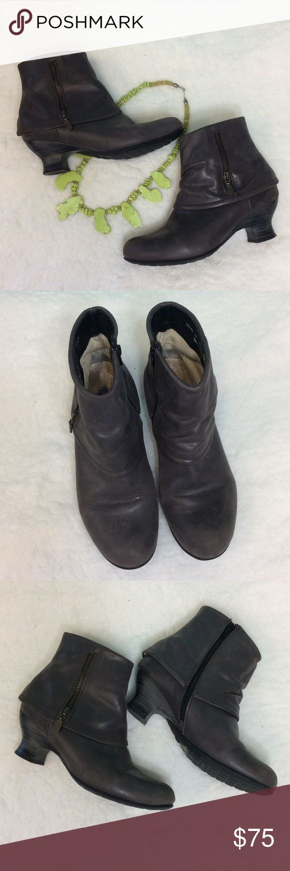 Wolky gray leather ankle boots Wolky gray leather ankle boots excellent condition no damage very comfortable walking shoes wolky Shoes Ankle Boots & Booties