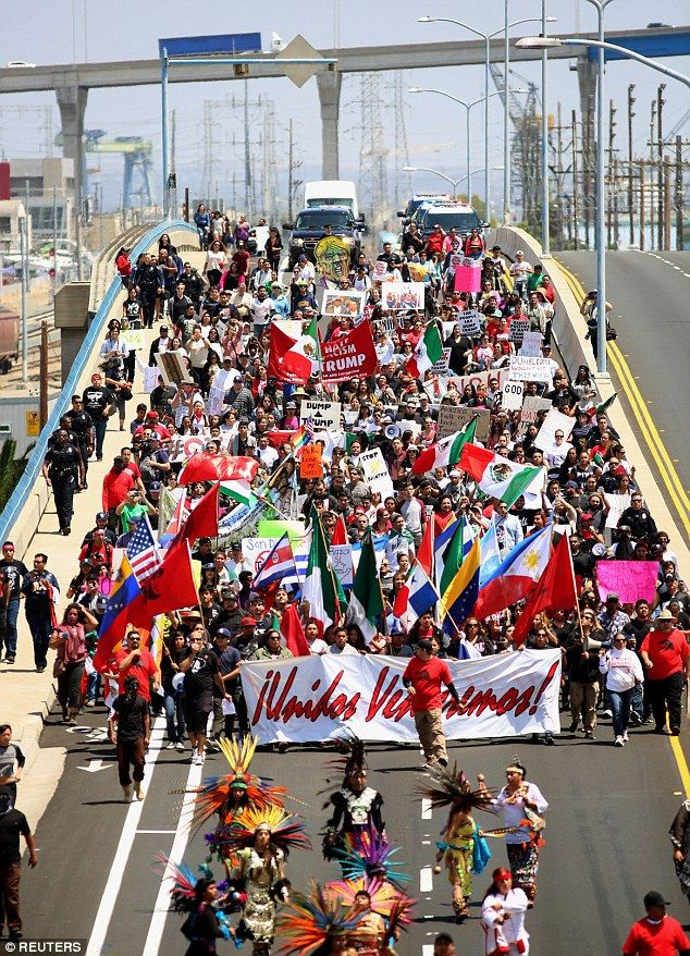 Trump is met by a wall of protesters just 15 miles from the border: 500 Mexican flag-waving and piñata-brandishing protesters march outside San Diego rally Read more: http://www.dailymail.co.uk/news/article-3613321/Could-Crooked-Hillary-nickname-Trump-hints-recycling-Lyin-Ted-Democratic-rival-lies-foreign-affairs-positions.html#ixzz49v1yGbgJ ~~~~ yep this makes Americans sympathetic to Illegals