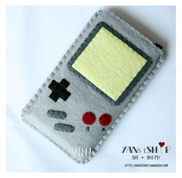 My new iPhone5c would looove this sleeve... and so would I.