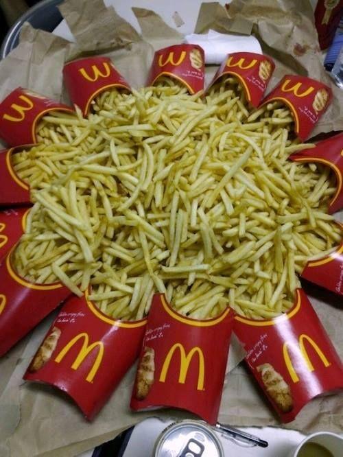 Papitas fritas de Mcdonald's mis favoritas! I love it!*0*