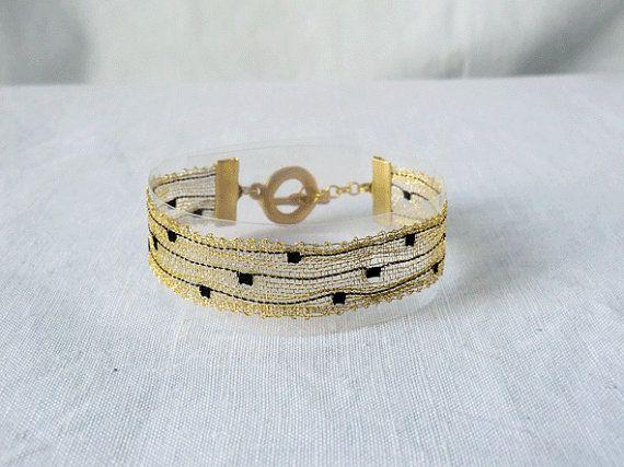 bracelet handmade bobbin lace out of yarn goldblack by UliBaysie, €39.90