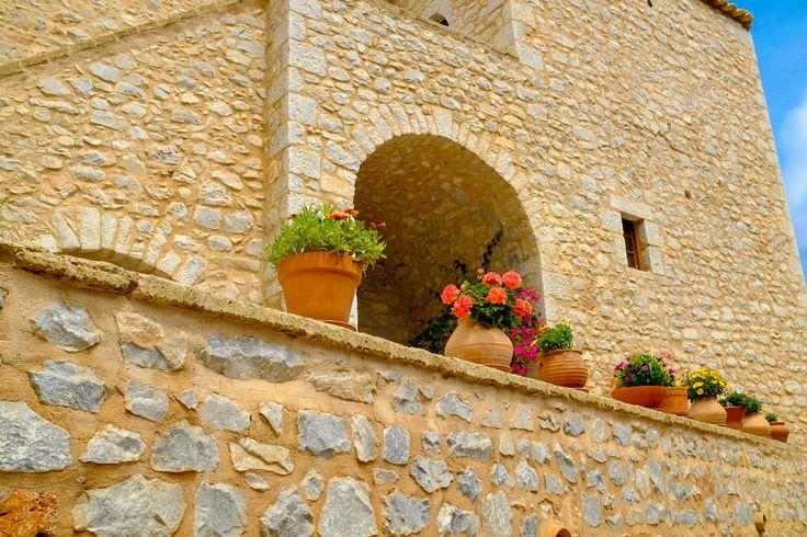 Limeni - Lkonia / Greece #limeni #lakonia #greece #plants   #building #architecture #travel #peloponnese #Λιμενι #Λακωνια