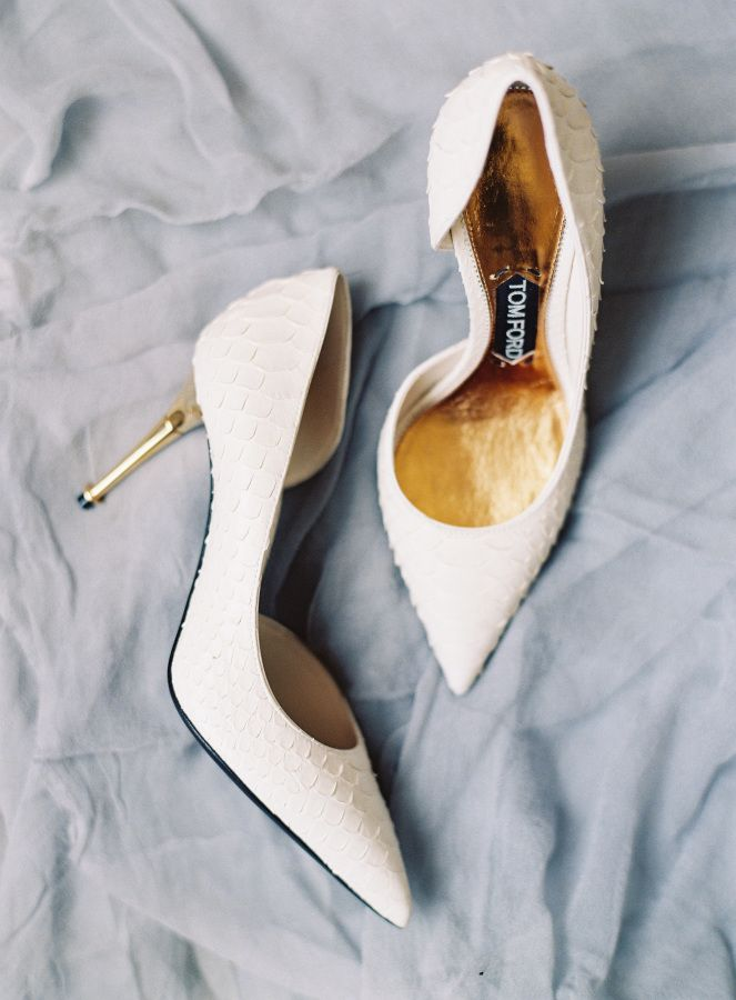 Tom Ford white textured pointed toe gold heel pumps: http://www.stylemepretty.com/2016/09/15/elegant-san-francisco-city-hall-wedding/ Photography: Caroline Tran - http://carolinetran.net/