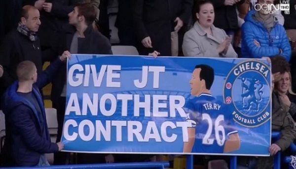 Fani The Blues domagają się przedłużenia umowy swojego kapitana • Kibice Chelsea Londyn chcą nowego kontraktu dla Johna Terry'ego >> #terry #Chelsea #football #soccer #sports #pilkanozna