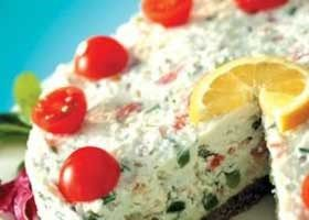 Mascarponetaart met gerookte vis