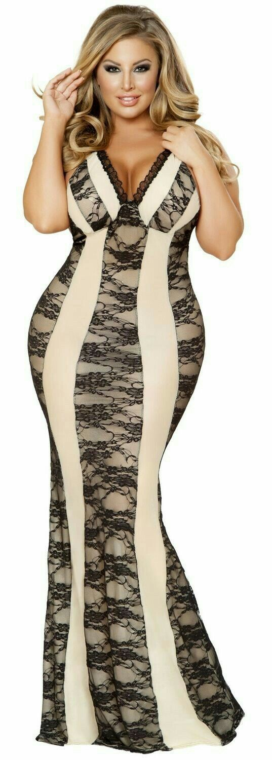 fitted curvacious cream lace V-neck sleeveless mermaid gown