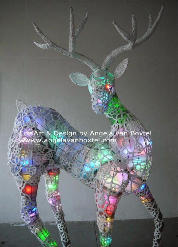 Today I'm sharing some images how my reindeer lights up at night. I dedicate this post to my mum who passed away today (19 December) ...