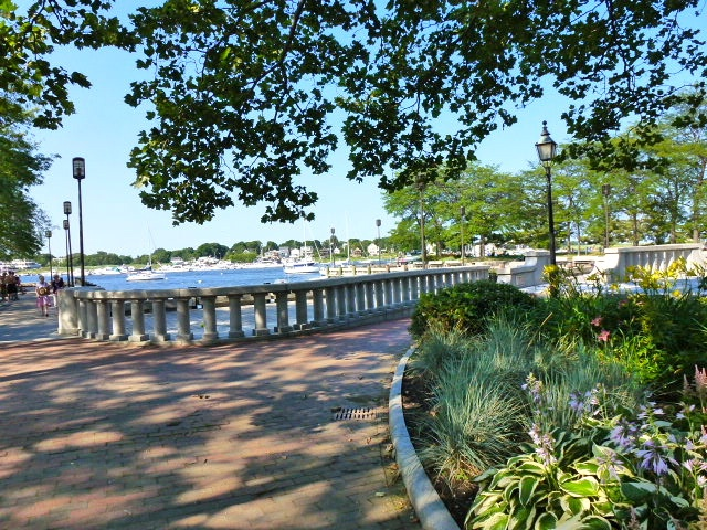 Waterfront Park On A Beautiful Summer Day Downtown Newburyport Ma Pinterest North S And Great Restaurants