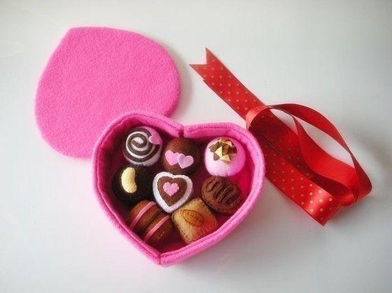 Sweet Chocolate Gift Set PDF Felt Pattern by julyhobby on Etsy, $3.99