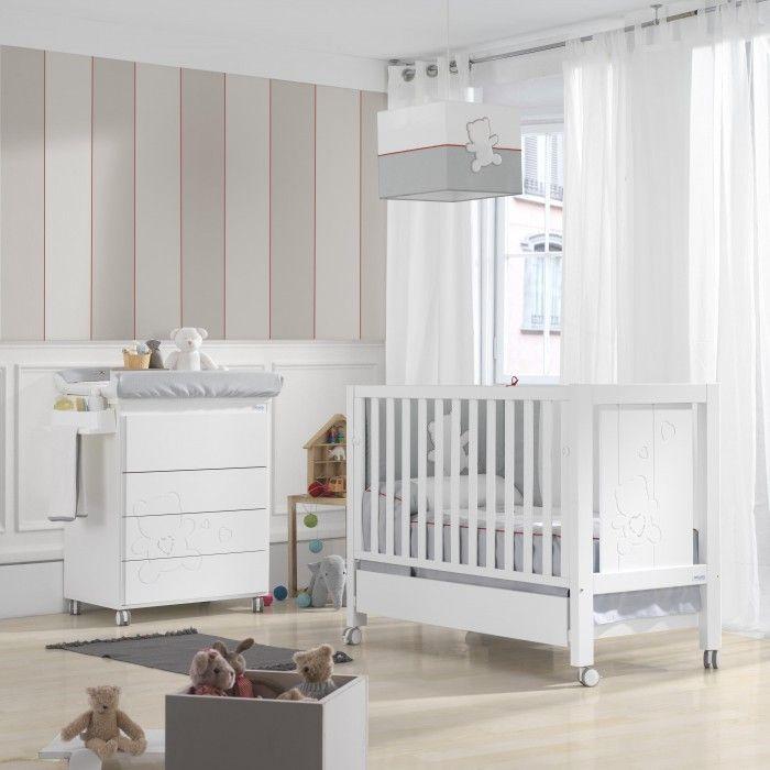chambre b b de micuna neus swarovski lit b b et commode tendance pinterest bebe. Black Bedroom Furniture Sets. Home Design Ideas