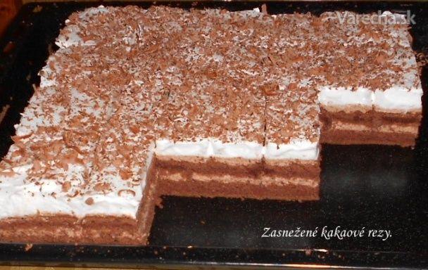 Zasnežené kakaové rezy (fotorecept) - Recept