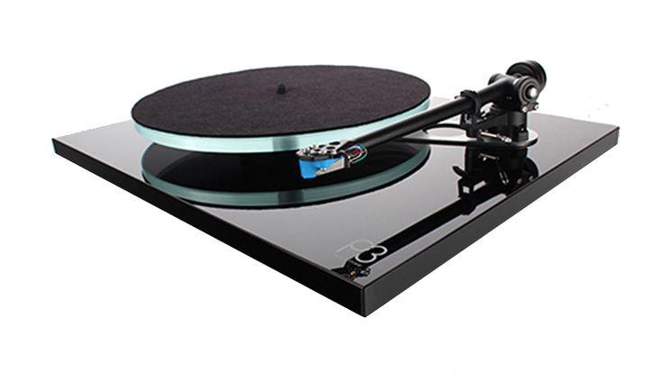Rega Planar 3 Plattenspieler, inkl. RB330 Tonarm und Exact Tonabnehmer